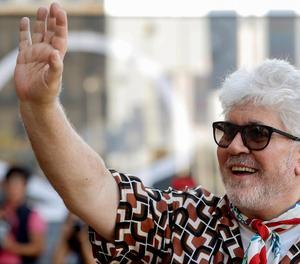 El director manxec Pedro Almodóvar va arribar ahir al festival.