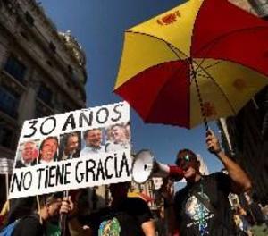 Dos manifestacions oposades reuneixen 1.800 policies i 6.000 de sobiranistes