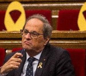 El Parlament rebutja suspendre diputats processats però avala que deleguin