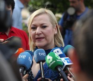 Inés Madrigal, que va nàixer el 1969 i va ser sostreta de la seva mare biològica i entregada a una dona estèril, a la seva arribada a l'Audiència Provincial de Madrid.