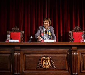La rectora de la Universitat de València, Mavi Mestre.