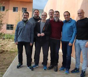 Imatge dels presos independentistes a Lledoners que va distribuir Òmnium Cultural.