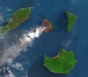 Almenys 168 de morts per un tsunami a l'estret indonesi de Sonda