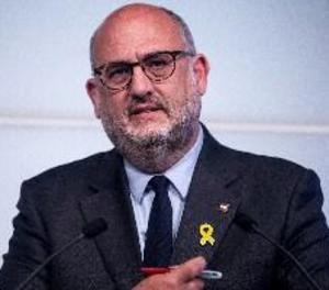 JxCat urgeix a activar la comissió de reforma del reglament del Parlament