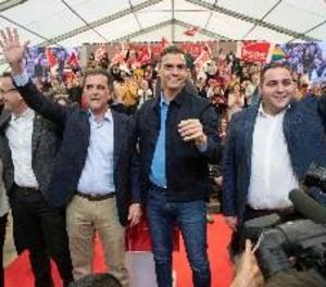 Sánchez situa al PSOE en la moderació davant una dreta