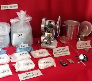 Troben un laboratori il·legal de viagra que feia 5.000 píndoles a l'hora