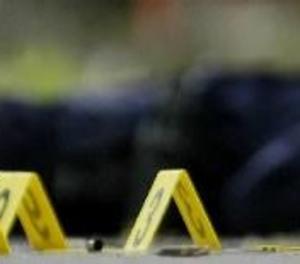 Almenys 12 morts i sis ferits en un tiroteig en un edifici públic dels EUA