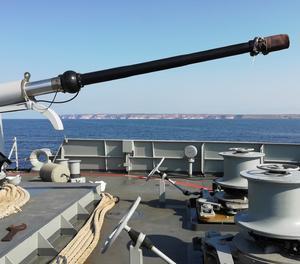El vaixell Audaç es troba davant l'illa italiana de Lampedusa