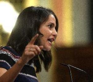 Arrimadas retreu al Govern que atengui la immigració segons