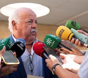El conseller de Salut i Família de la Junta d'Andalucia, Jesús Aguirre.
