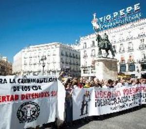 Prop d'un centenar de persones demana a Madrid la llibertat de CDR detinguts