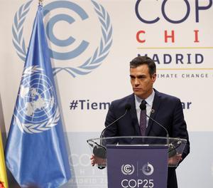 El president del Govern espanyol en funcions, Pedro Sánchez, durant una roda de premsa amb motiu de la celebració de la cimeramundial del clima a Madrid.