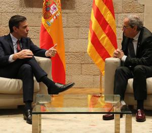 Sánchez i Torra en un moment de la seua reunió aquest dijous al Palau de la Generalitat.