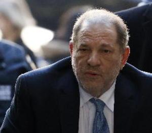 Harvey Weinstein, condemnat a 23 anys de presó per violació i acte sexual criminal