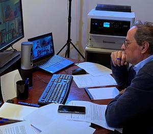 Torra durant una reunió telemàtica amb Pedro Sánchez.
