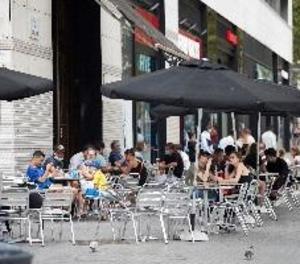 Entra en vigor la prohibició de reunions de més de 10 persones a Catalunya