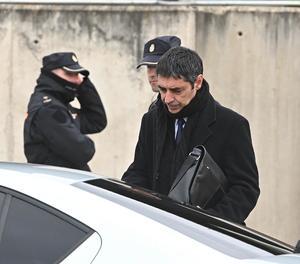 El major dels Mossos d'Esquadra, Josep Lluís Trapero, a la seua sortida de la primera sessió del judici.