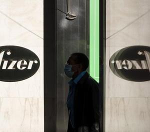 Pfizer també sol·licita autorització per distribuir la seua vacuna a la UE