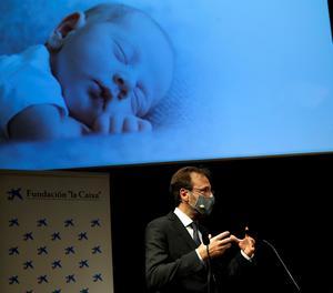 El director general de BCNatal, Eduard Gratacós, durant la presentació del projecte de creació d'una placenta artificial per salvar nadons prematurs extrems de menys de sis mesos.