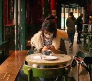 El Govern espanyol aprovarà dimarts una rebaixa del 50 % en el lloguer a bars i locals