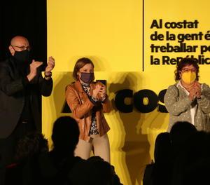 Carme Forcadell, Dolors Bassa i Raül Romeva, en l'acte de tancament d'ERC.