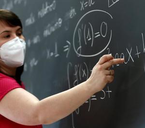 Espanya es queda sense professors de matemàtiques, que prefereixen l'empresa