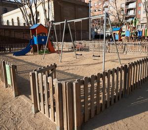 Un parc infantil buit.