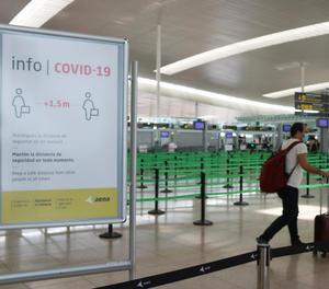 El certificat eximirà a qui el posseeixi de les mesures sanitàries imposades per als viatgers.