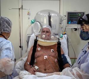 Un hospital del Brasil aposta pels cascos bombolla en pacients amb covid