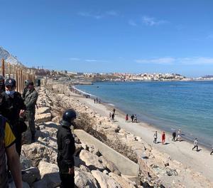 El desafiament migratori del Marroc provoca una crisi diplomàtica amb Espanya