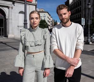 El director Magnus Von Horn i l'actriu polonesa Magdalena Kolesnik durant la presentació de la seua pel·lícula 'Sweat', aquest dimarts a Madrid.