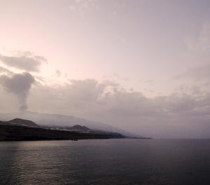 Comença el vuitè dia de l'erupció volcànica a La Palma, a l'espera que en les pròximes hores la colada volcànica arribi al mar