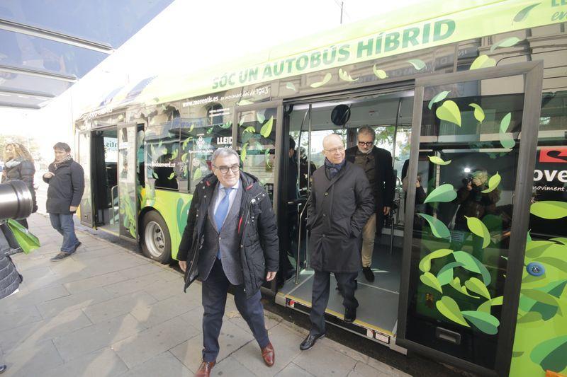 La flota d'Autobusos de Lleida ja compta amb cinc vehicles híbrids
