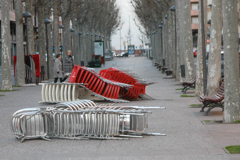 Imatges del temporal de vent a les poblacions de Lleida