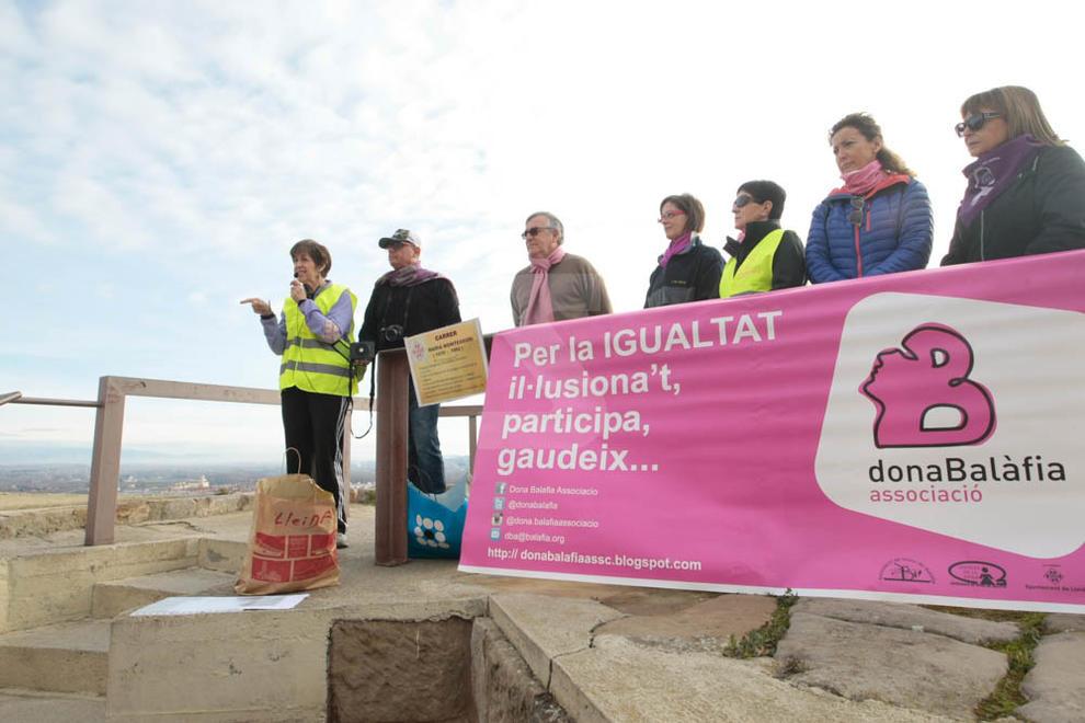 Imatges de la caminada organitzada per Dona Balàfia i la Vocalia de la Dona de l'associació de veïns de Balàfia.