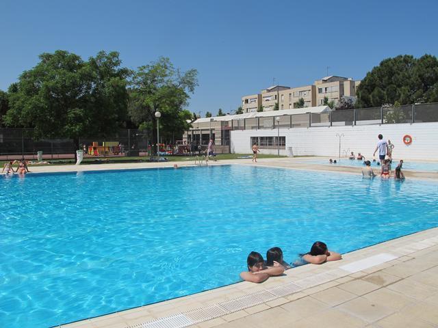 Les piscines municipals de lleida obren temporada aquest for Piscinas municipales lleida