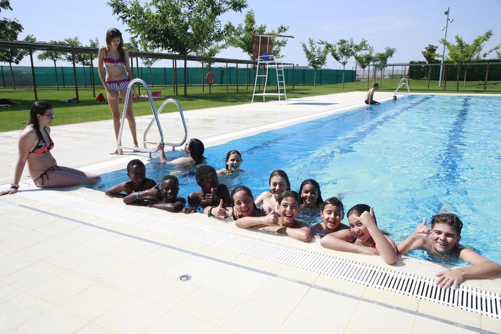 Empieza la temporada de piscinas for Piscinas municipales lleida