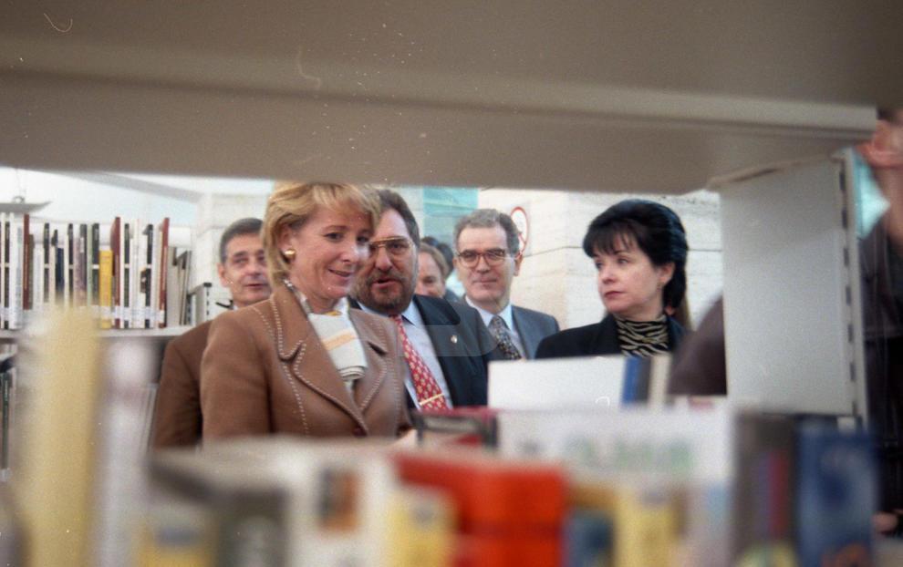 El 21 de gener, la ministra de Cultura, Esperanza Aguirre, inaugurava a la Maternitat la nova biblioteca de Lleida i, a l'octubre, l'Escorxador es convertia en teatre