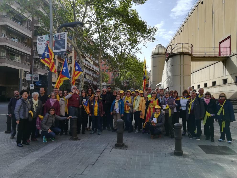 Galeria amb les imatges que ens envien els lectors de SEGRE de la seva participació a la gran manifestació d'aquest diumenge 15 d'abril.