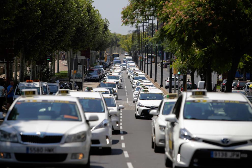 Cuanto Cuesta El Traspaso De Una Licencia De Taxi En La Ciudad