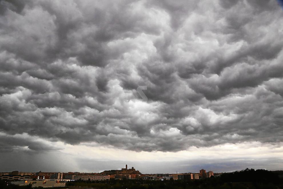 © Pluja, vent i pedra a Ponent