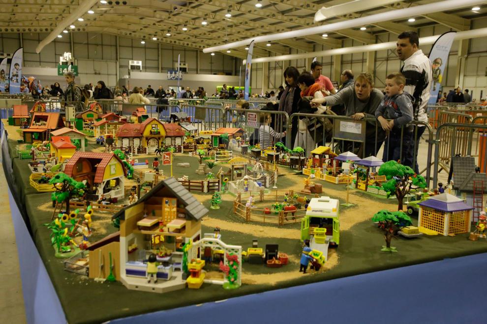 Imatges de la primera Fira Playmobil de Lleida