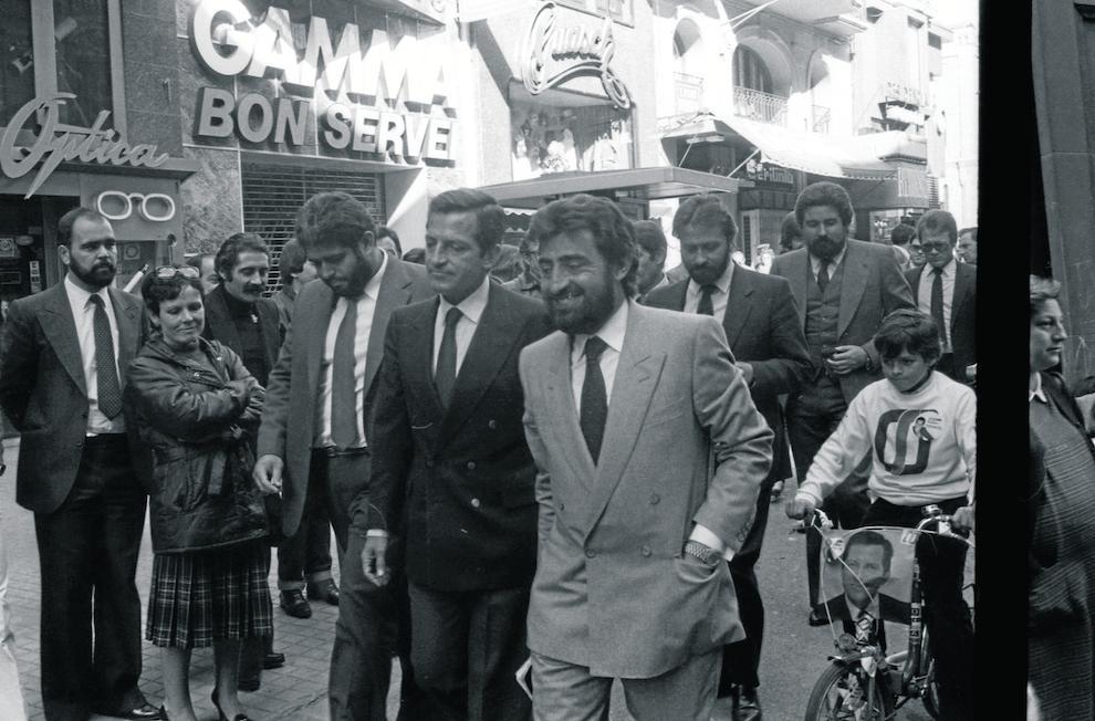 Adolfo Suárez, de campanya a la plaça Sant Joan.