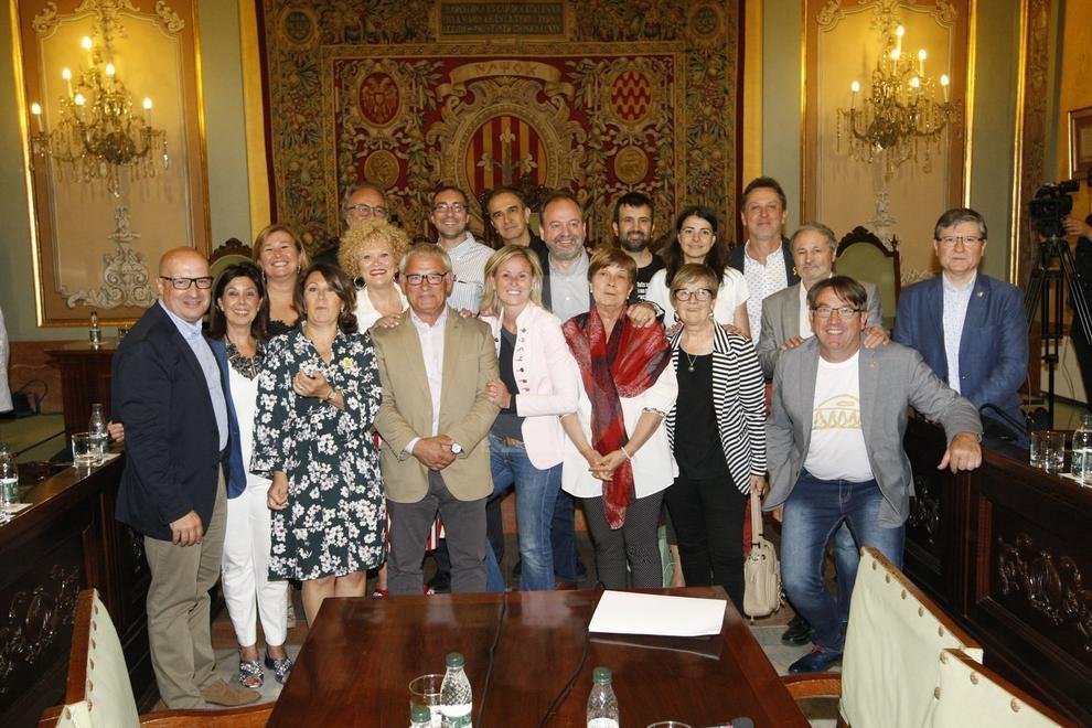 Sessió extraordinària a l'ajuntament de Lleida abans de l'elecció del nou equip de govern municipal.