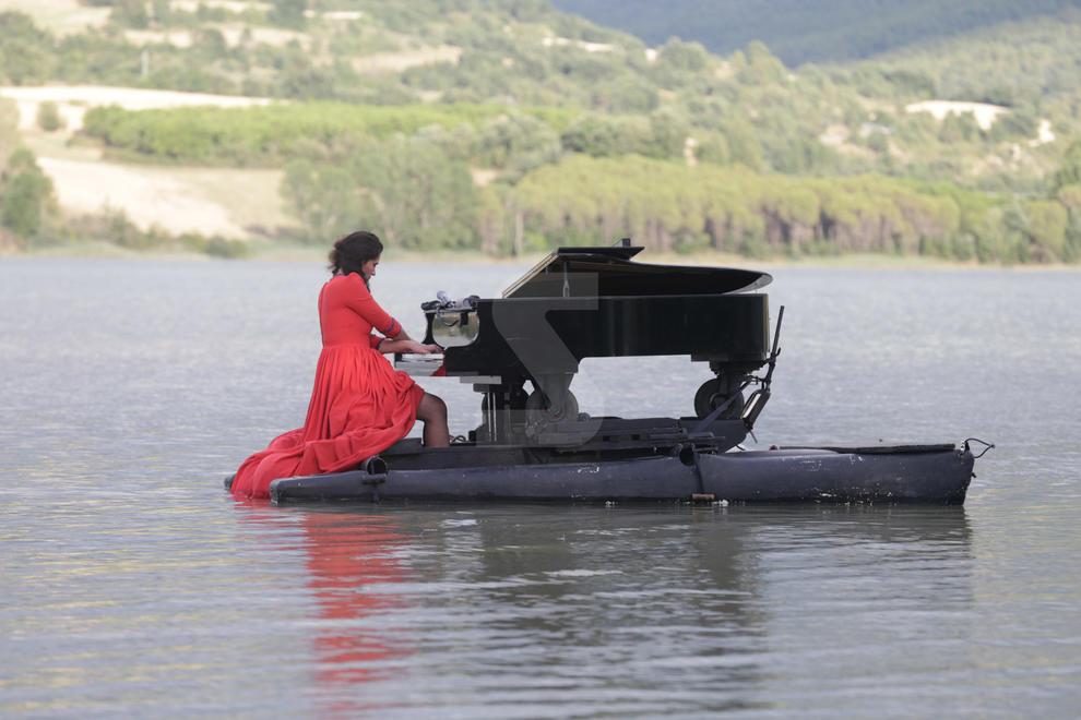 El pantà de Terradets es va convertir en un auditori musical improvisat per a l'espectacle 'Le piano du Lac'
