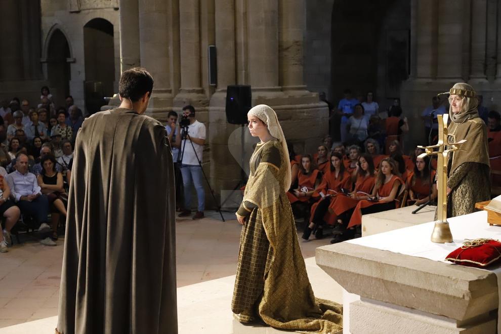 Con un centenar de actores de las comparsas de la Fiesta de Moros y Cristianos de Lleida.