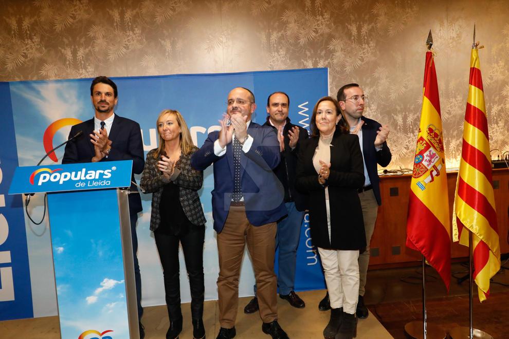 Imatges de l'acte de campanya del PP a Lleida, amb Alejandro Fernández