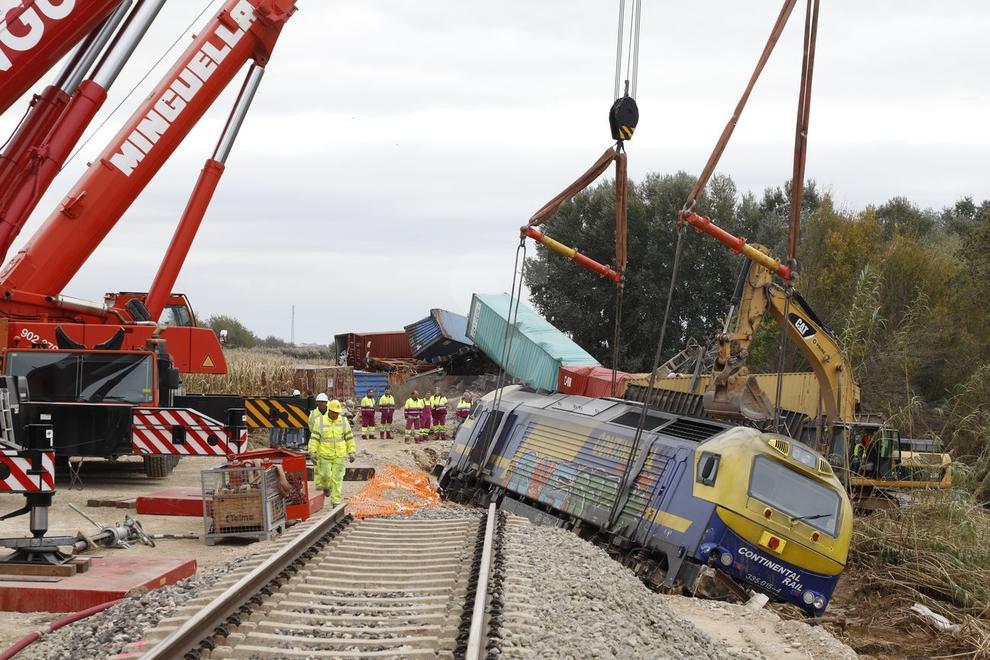 El comboi de Continental Rail transportava contenidors.
