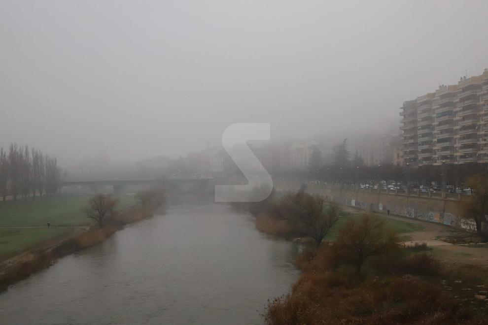 Imatges de la boira densa i el fred d'aquest gener a Lleida