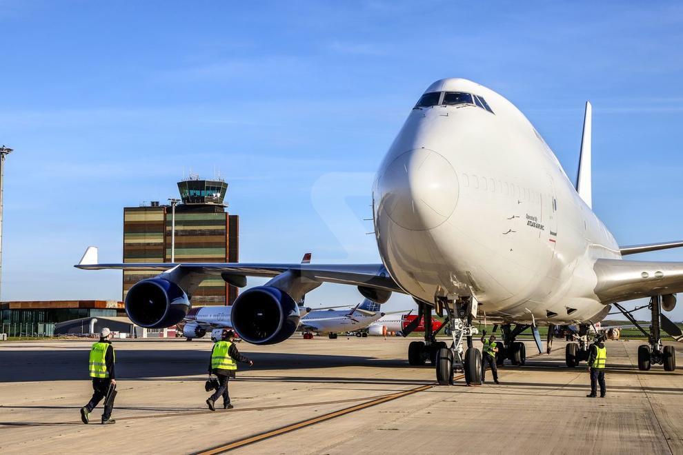 Un Jumbo de càrrega procedent de Tolosa aterra a les instal·lacions per sotmetre's a treballs de reparació.
